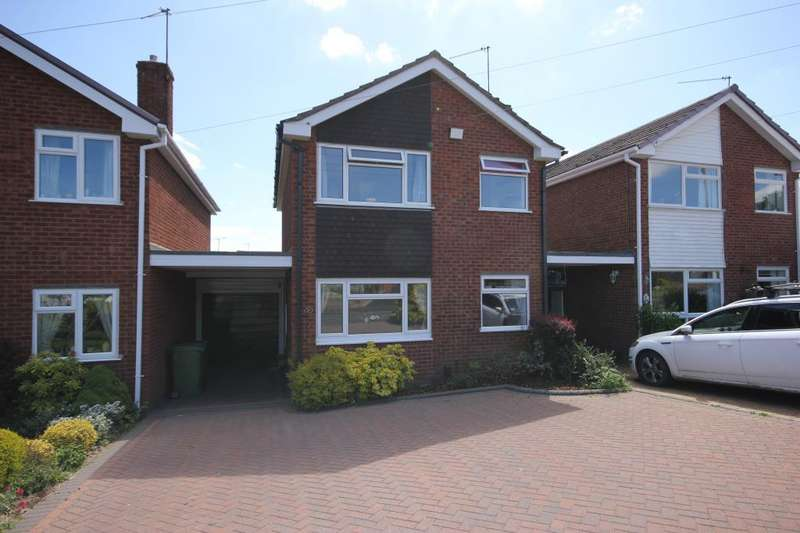 3 Bedrooms Detached House for rent in Herondale Road, Wollaston, West Midlands, DY8