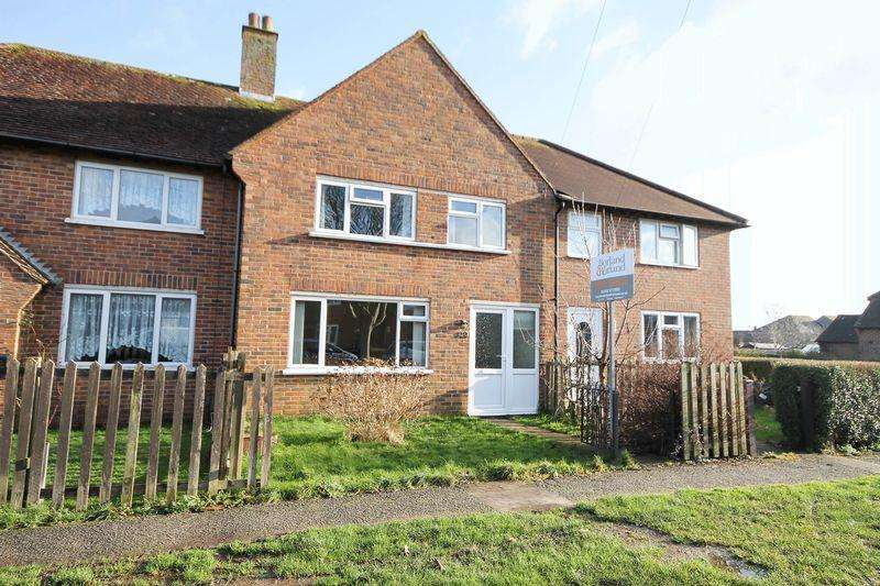 3 Bedrooms Terraced House for sale in Clovelly Road, Southbourne