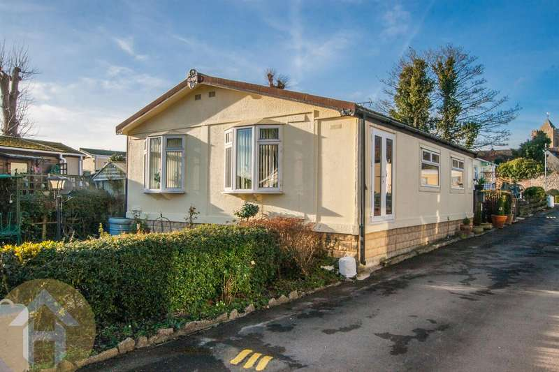 2 Bedrooms Park Home Mobile Home for sale in Beamans Park, Royal Wootton Bassett, Swindon