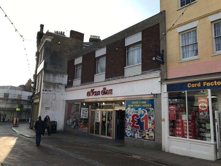 Plot Commercial for sale in - 11 Market Street, Faversham, Kent, ME13 7AA