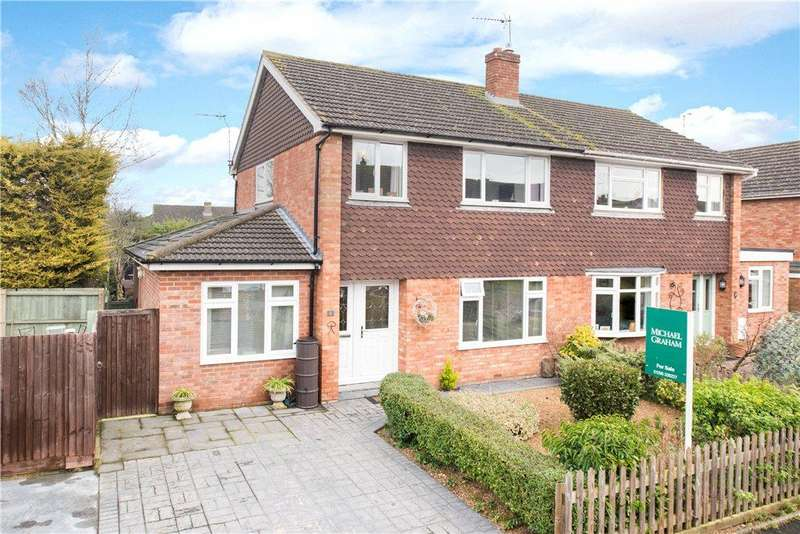 4 Bedrooms Semi Detached House for sale in Marriotts Way, Haddenham, Aylesbury, Buckinghamshire