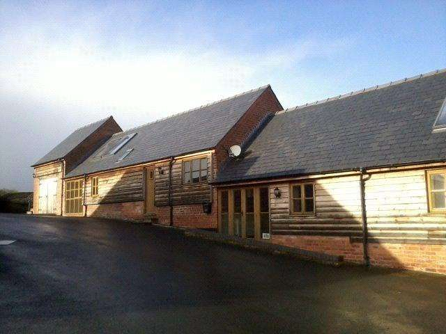 3 Bedrooms Barn Conversion Character Property for rent in Pentre Farm, Pentre Llifior, Welshpool, Powys