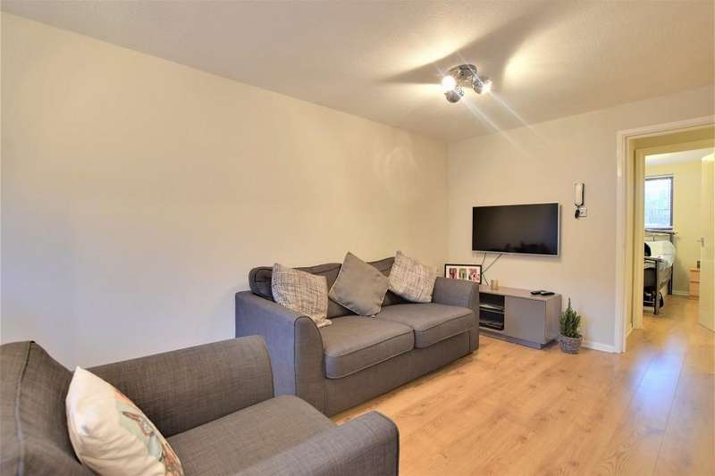 1 Bedroom Apartment Flat for sale in Granary Court, Dunmow