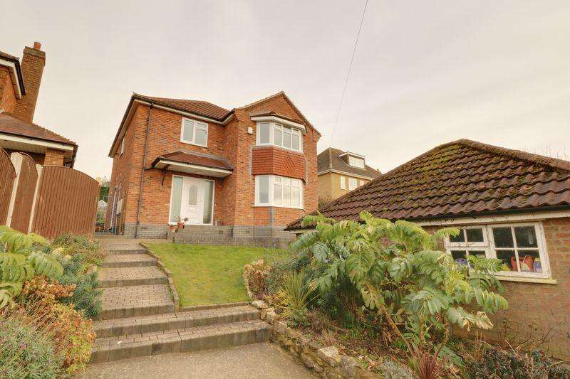 3 Bedrooms Detached House for sale in East Cross Street, Kirton Lindsey