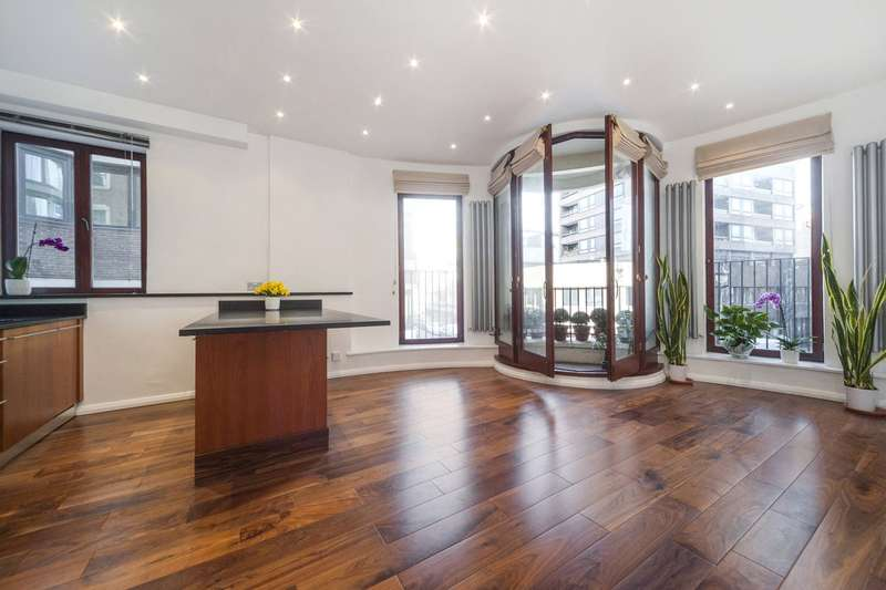 2 Bedrooms Flat for sale in Marshall Street, London, W1F
