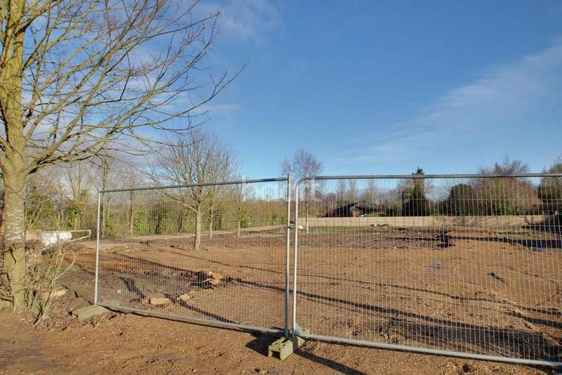 Land Commercial for sale in New Road, Sutton Bridge