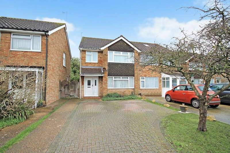 3 Bedrooms Semi Detached House for sale in The Lawns, Sompting, BN15 0DT