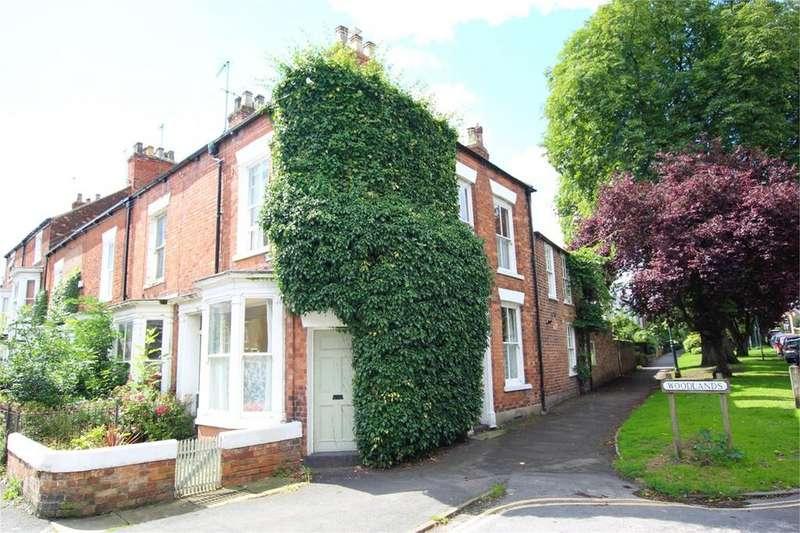 3 Bedrooms End Of Terrace House for sale in St Marys Terrace, Beverley, HU17