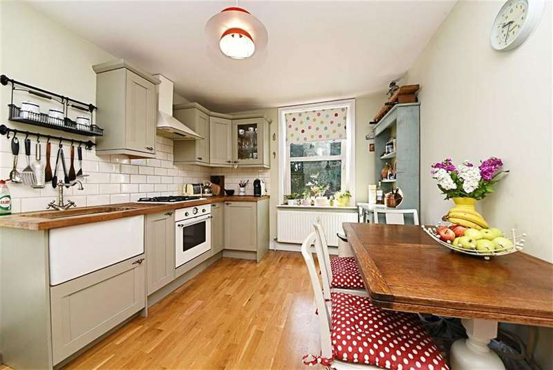 2 Bedrooms Flat for sale in Glebe Road, Finchley, London, N3
