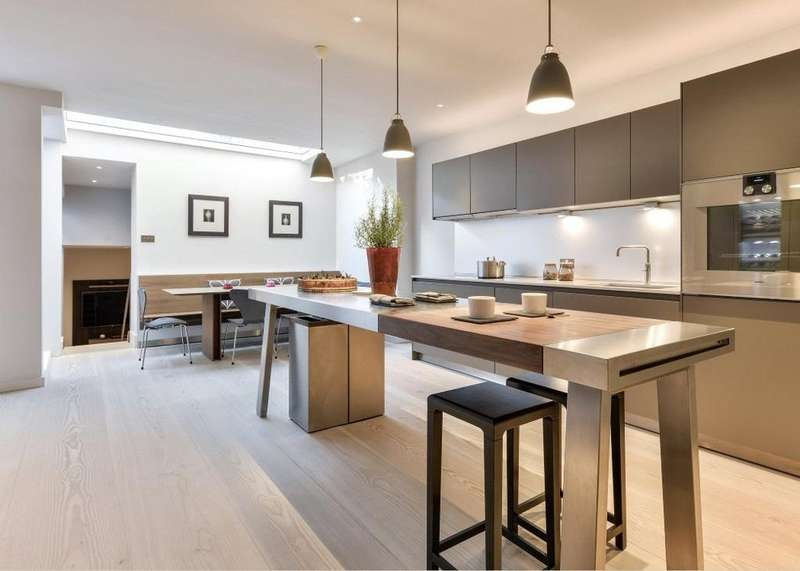 5 Bedrooms Terraced House for sale in Dovehouse Street, Chelsea, London, SW3