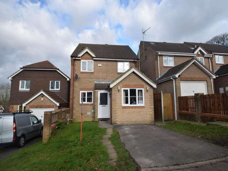 4 Bedrooms Detached House for rent in Abigail Crescent , Chatham, Kent
