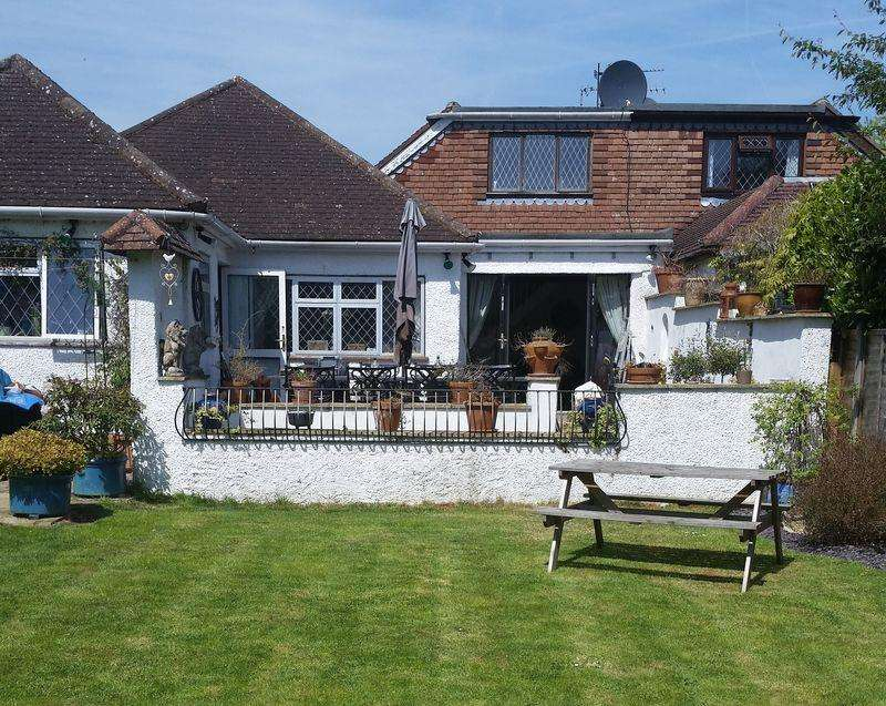 4 Bedrooms Chalet House for sale in FETCHAM
