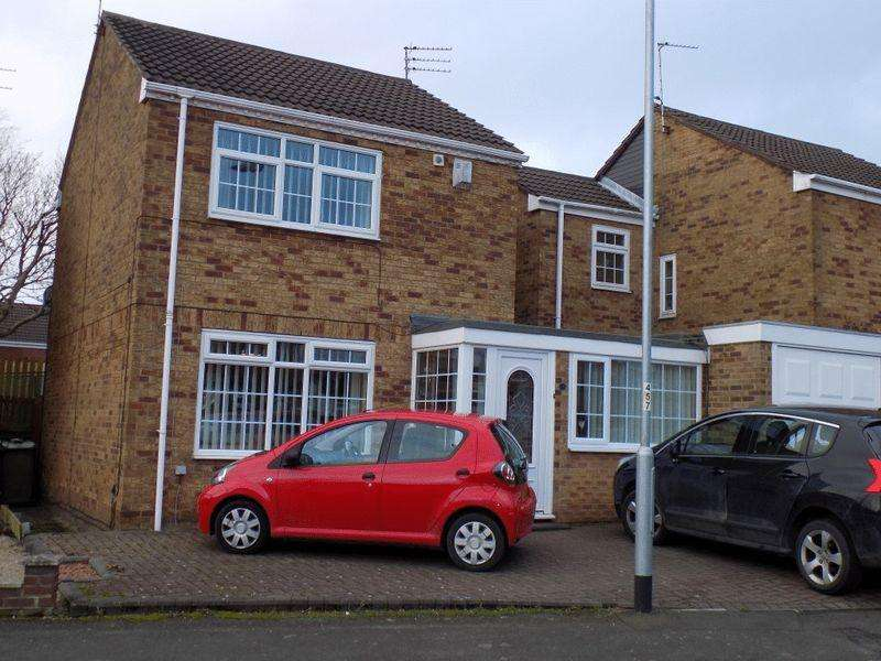 4 Bedrooms Semi Detached House for sale in The Wynding, Bedlington