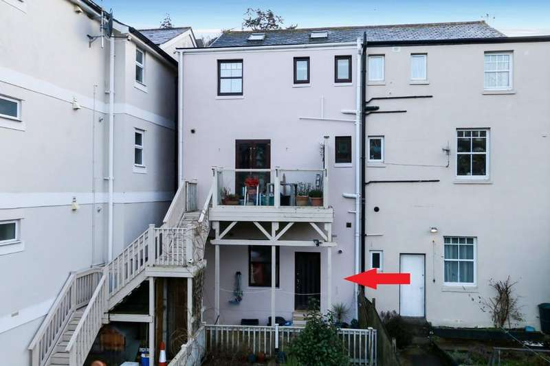 2 Bedrooms Apartment Flat for sale in Coombe Vale Road, Teignmouth
