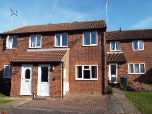 2 Bedrooms Terraced House for sale in Armoury Drive, Gravesend, Kent, England