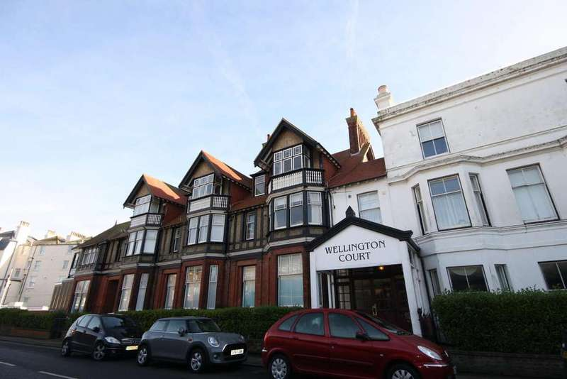 3 Bedrooms Ground Flat for sale in Dover Road, Walmer