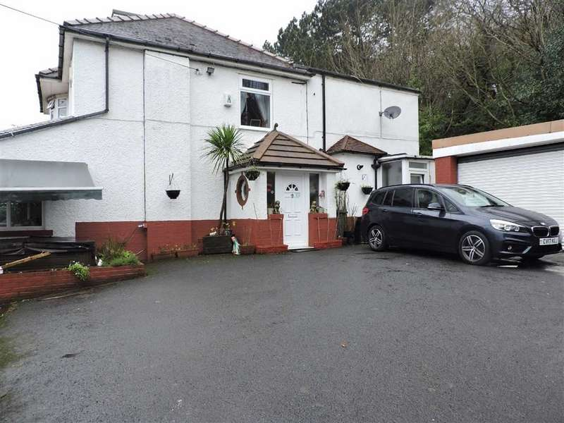 4 Bedrooms Detached House for sale in Lucy Road, Neath