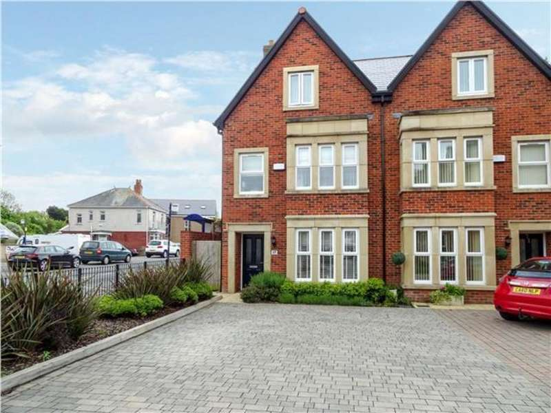 4 Bedrooms Semi Detached House for sale in SOUTH ROAD, PORTHCAWL, CF36 3DA