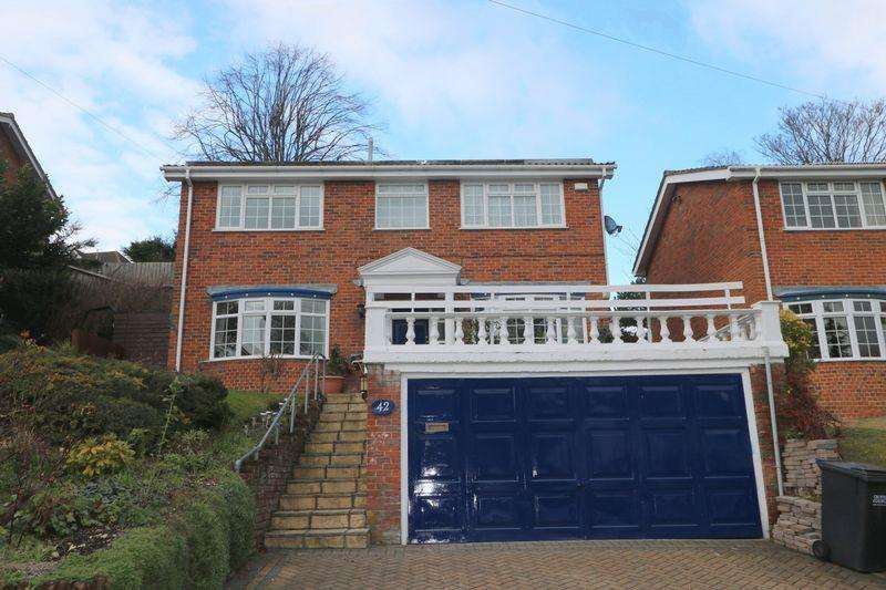 4 Bedrooms Detached House for rent in The Vale, Coulsdon
