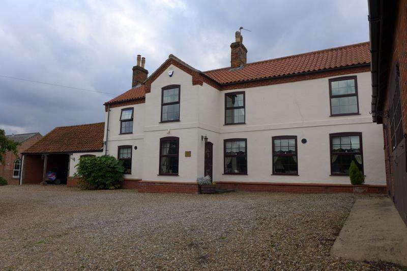 4 Bedrooms House for rent in Swan House, Norton Subcourse