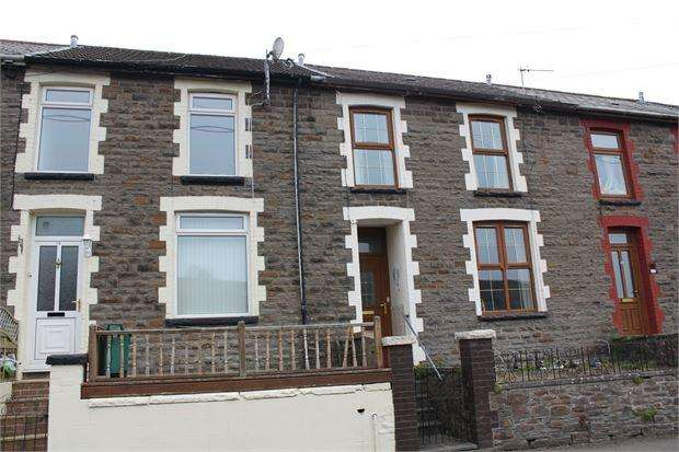 3 Bedrooms Terraced House for sale in Heath Terrace, Ynyshir, Porth, CF39 0HS