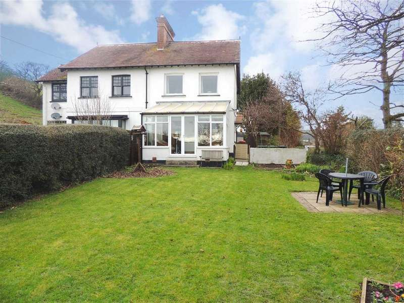 2 Bedrooms Semi Detached House for sale in Goodleigh Road, Barnstaple, Devon, EX32