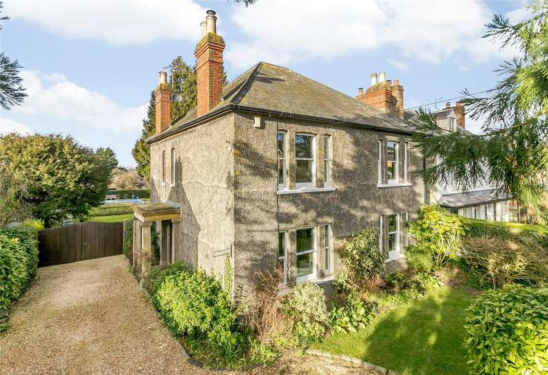 4 Bedrooms Detached House for sale in Chinnor, Oxfordshire
