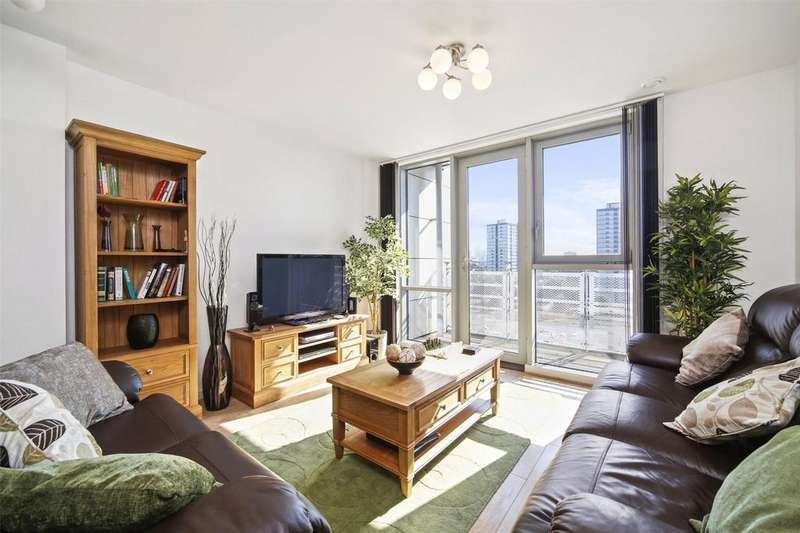 3 Bedrooms Flat for rent in Aurora Building, Rick Roberts Way, London, E15