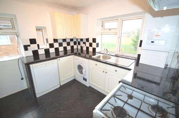 2 Bedrooms Maisonette Flat for rent in Fairfield Road, Bexleyheath, DA7