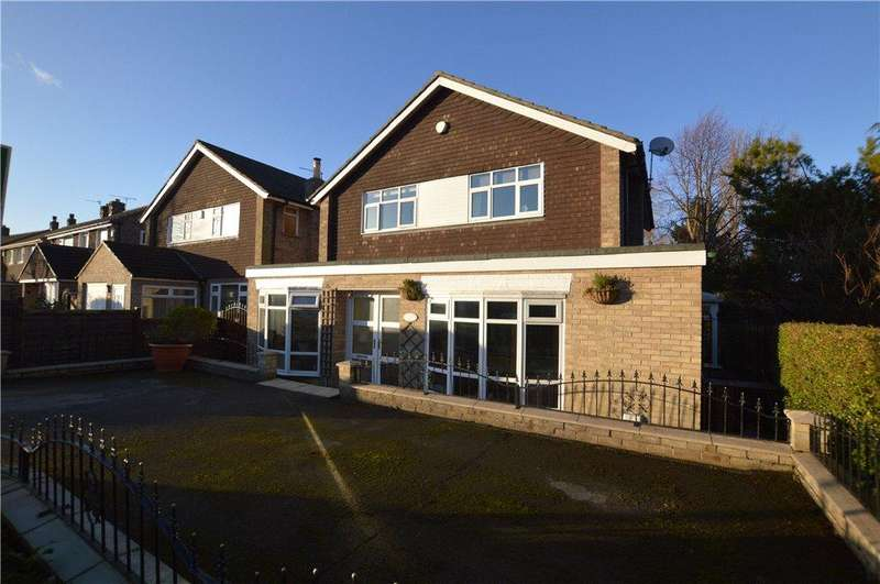 4 Bedrooms Detached House for sale in Stonegate Road, Leeds, West Yorkshire