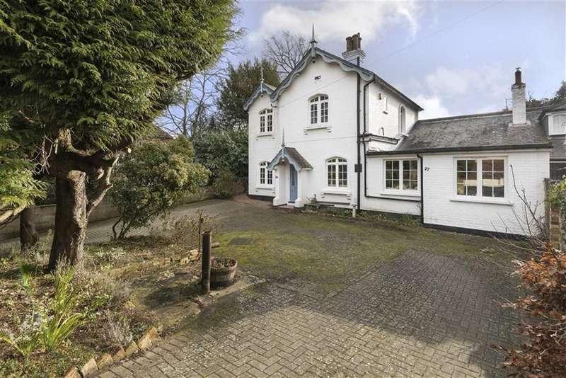 5 Bedrooms Semi Detached House for sale in Mount Harry Road, Sevenoaks, TN13