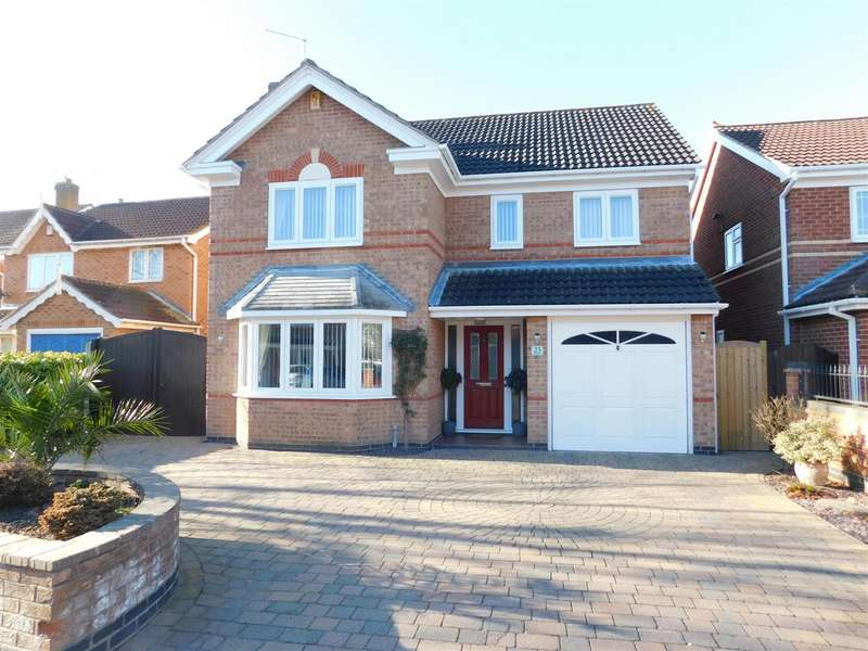 4 Bedrooms Detached House for sale in Shilling Way, Long Eaton