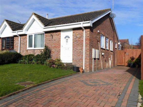 2 Bedrooms Property for sale in Pauls Way, Dorchester, Dorset