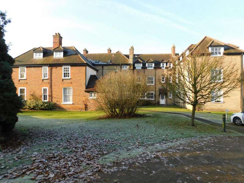 2 Bedrooms Flat for rent in Old Rectory Court, Station Road, Marks Tey, Colchester, Essex CO6