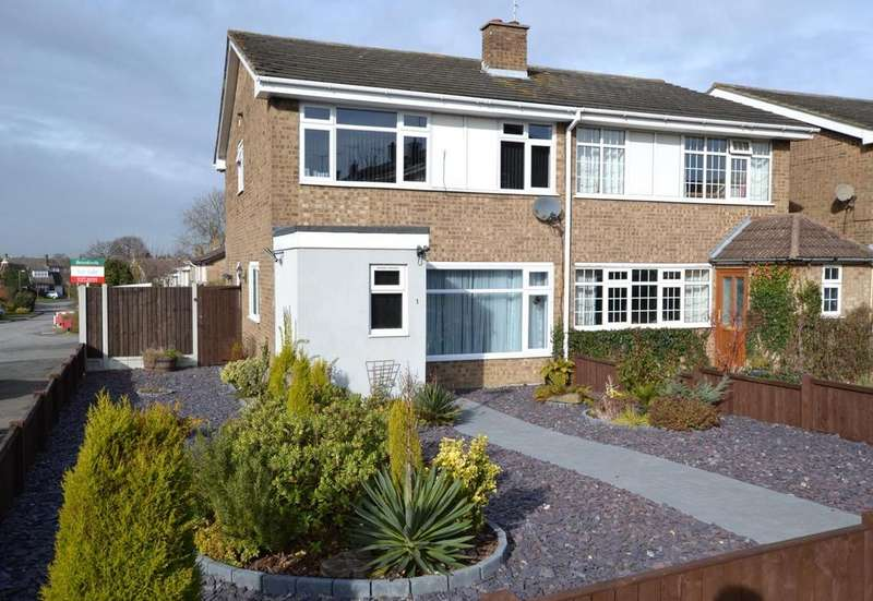4 Bedrooms End Of Terrace House for sale in Foxhunter Walk, Billericay, Essex, CM11
