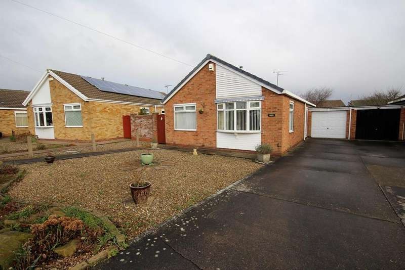 2 Bedrooms Detached Bungalow for sale in Northstead Close, Willerby, Hull, HU10