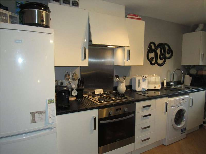 2 Bedrooms Apartment Flat for sale in Kerry Close, Clipstone, Mansfield, Nottinghamshire, NG21