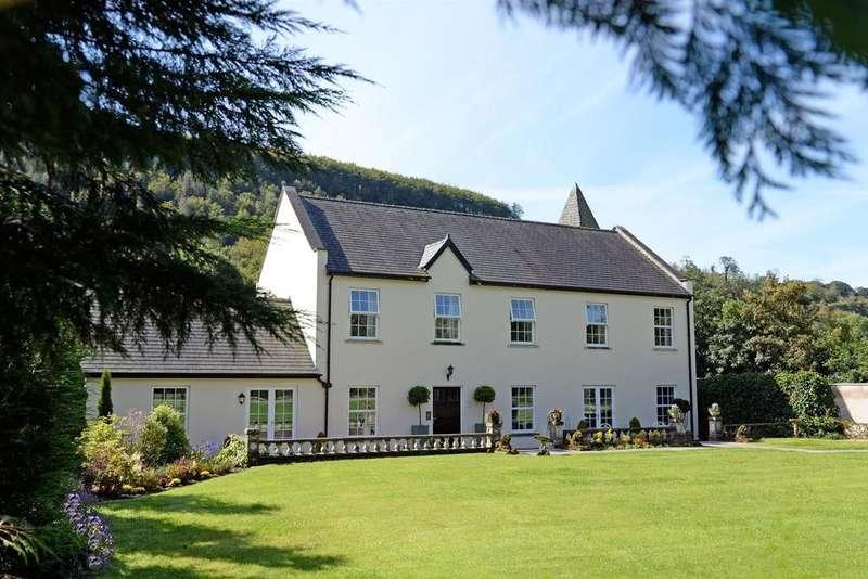 3 Bedrooms House for sale in Llanllawddog, Carmarthen