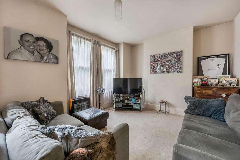 1 Bedroom Flat for sale in TENNYSON STREET, SW8