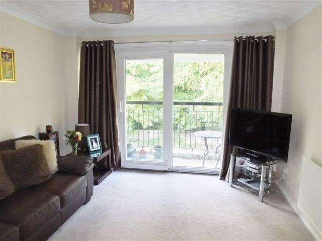 1 Bedroom Flat for sale in Town Lane, Rockingham, Rotherham, S61 4LN
