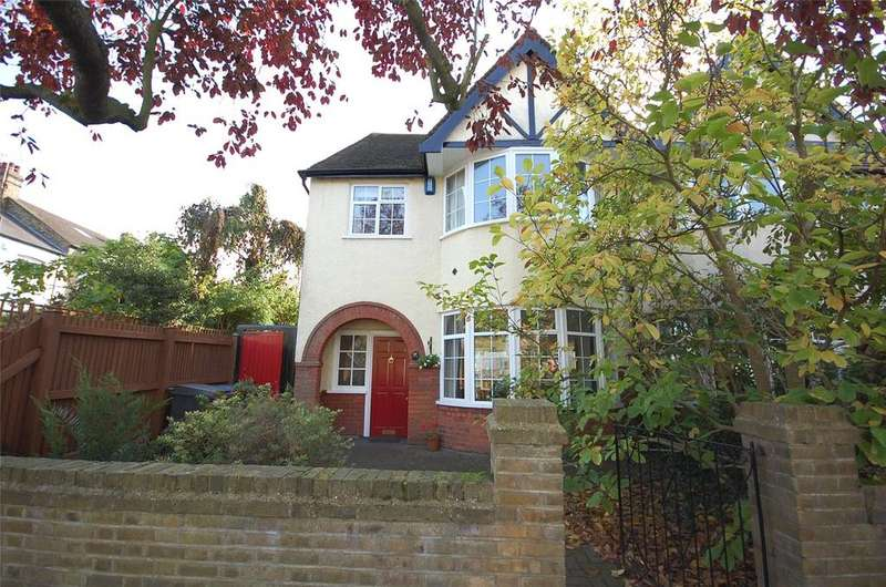 4 Bedrooms End Of Terrace House for sale in Grove Avenue, Finchley, London, N3