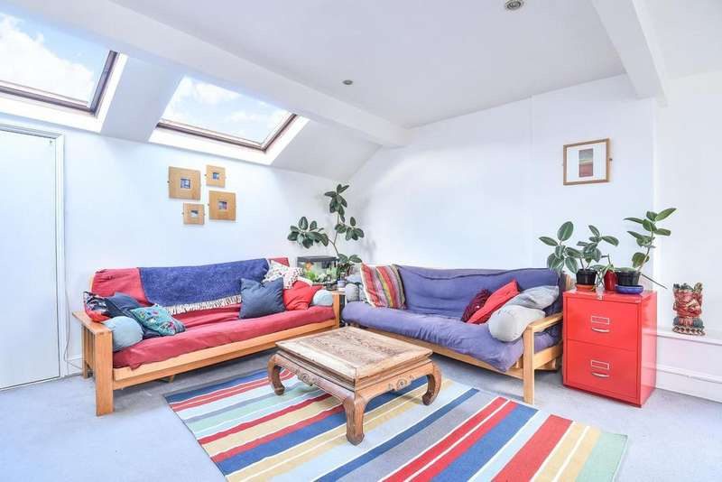 3 Bedrooms Flat for sale in Hillfield Park, Muswell Hill