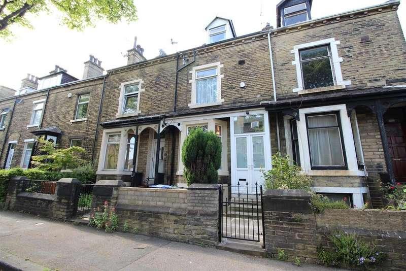 5 Bedrooms Terraced House for sale in Birklands Road, Shipley