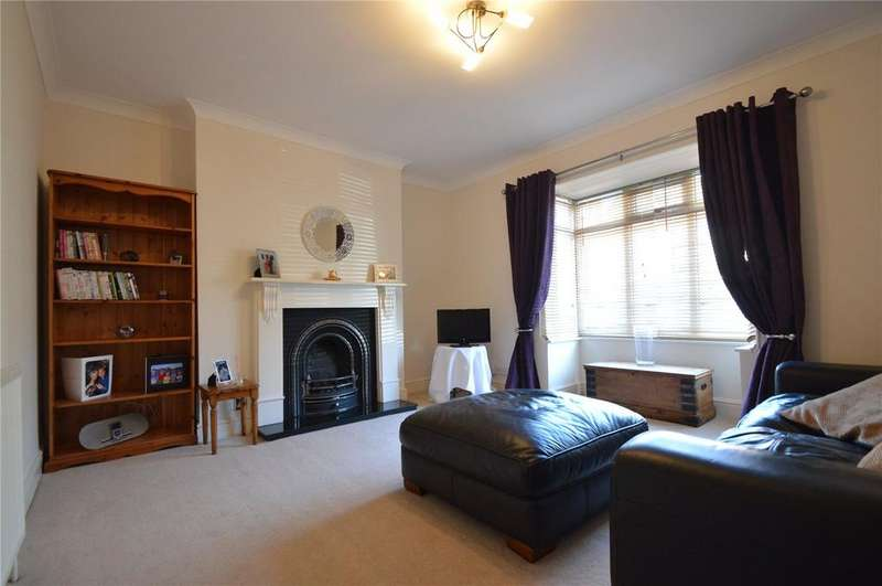 3 Bedrooms House for rent in Rushes Road, Petersfield, Hampshire