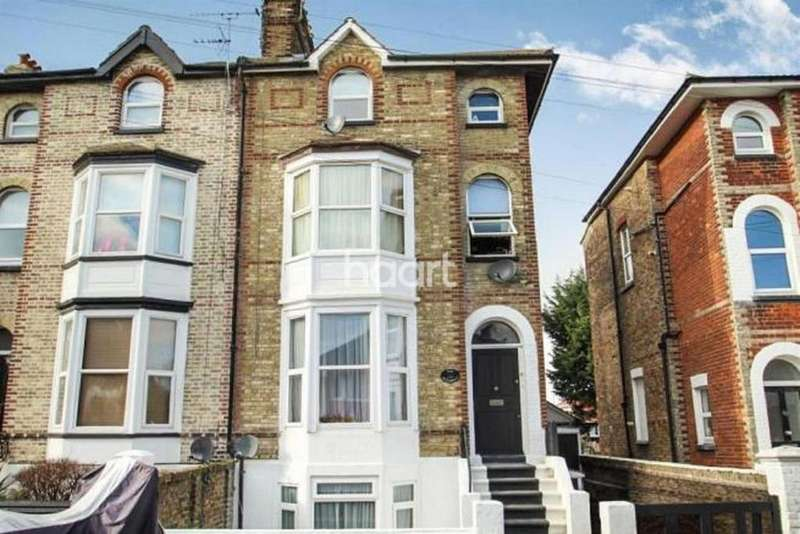 5 Bedrooms Semi Detached House for sale in Belmont Road, CT10