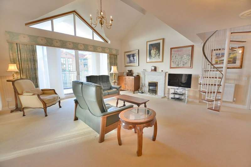 3 Bedrooms Penthouse Flat for sale in Keverstone Court, 97 Manor Road, BOURNEMOUTH