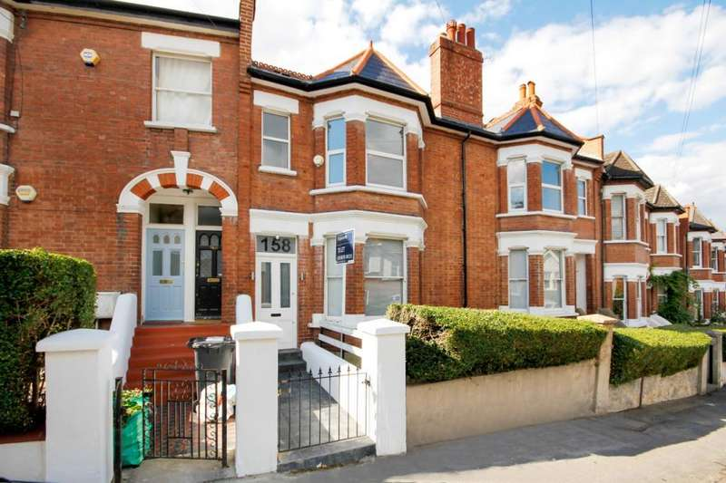 3 Bedrooms Maisonette Flat for rent in Casewick Road, West Norwood, London, SE27
