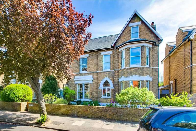 4 Bedrooms Flat for sale in Fabyc House, Cumberland Road, Richmond, Surrey