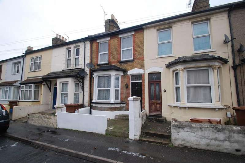 3 Bedrooms Terraced House for sale in Nile Road, Gillingham, ME7