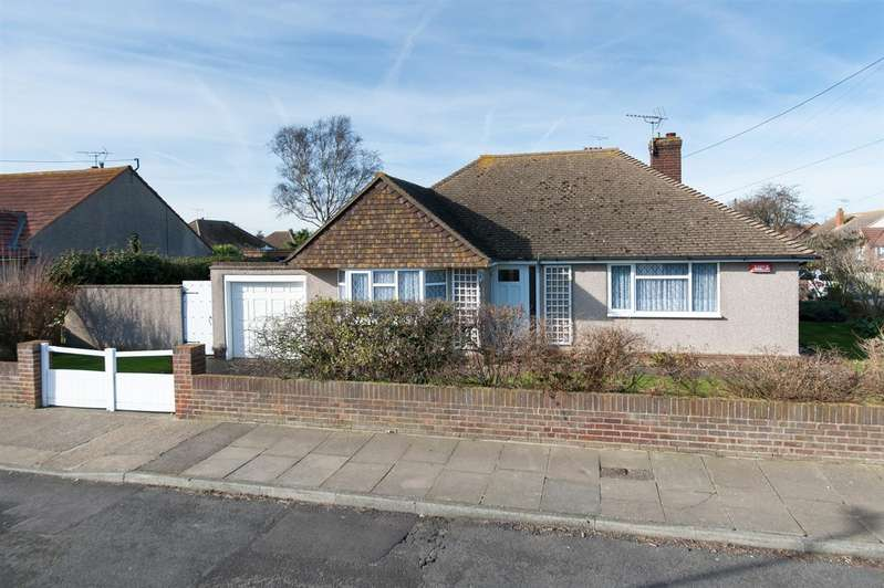 2 Bedrooms Detached Bungalow for sale in Quex View Road, Birchington